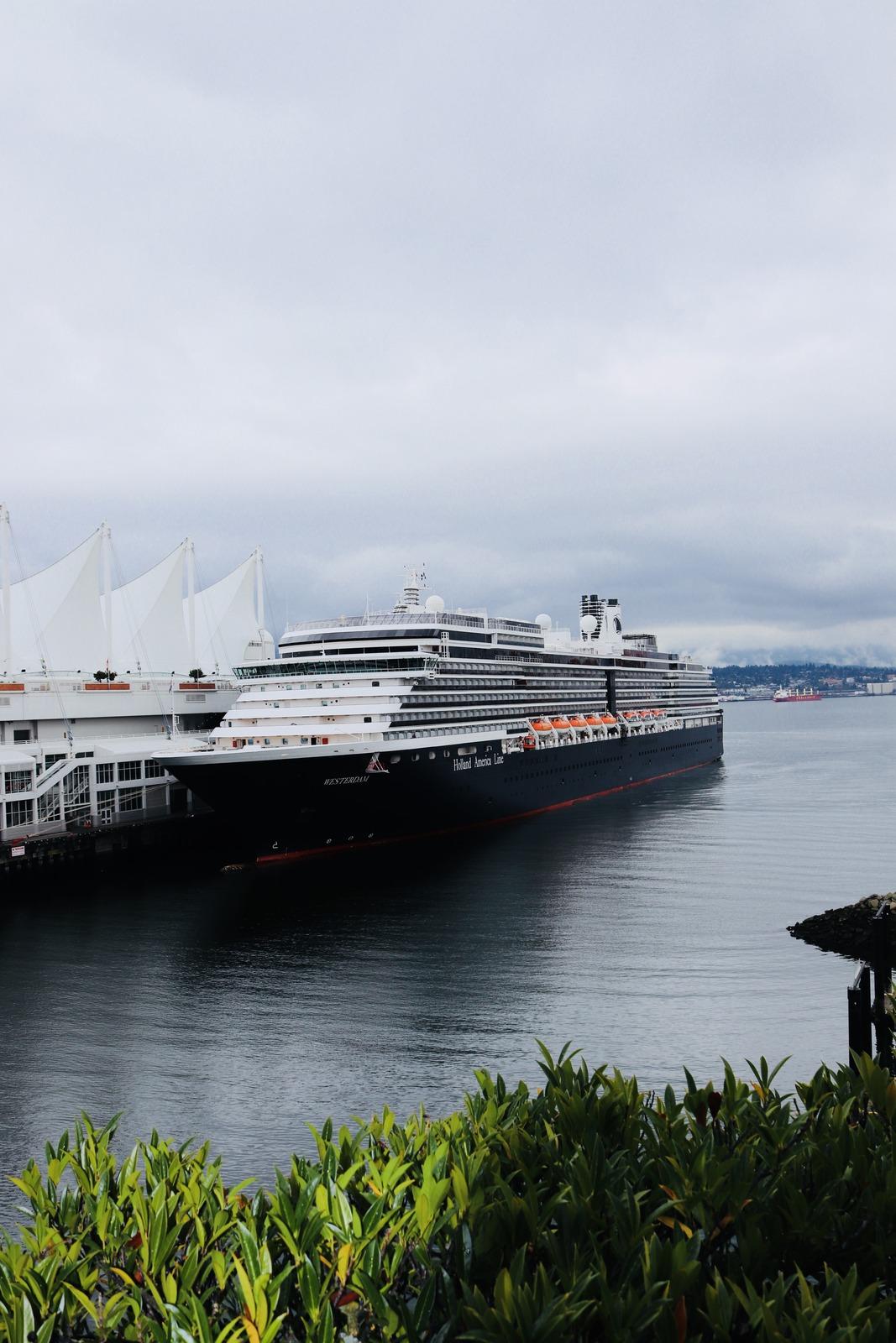 Schiff im Hafen von Vancouver